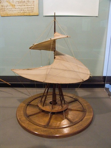europe, italy, tuscany, vinci, museo vinciano, project and model of a helicopter by leonardo da vinci : Stock Photo