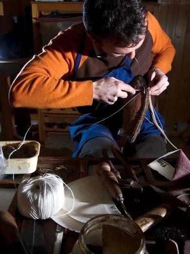 artisan shoes, san mauro pascoli, emilia romagna, italy : Stock Photo
