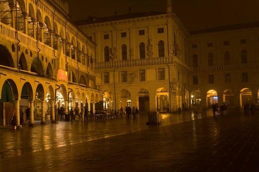 palazzo della regione, piazza delle erbe, padua, veneto, italy : Stock Photo