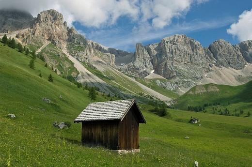 Stock Photo: 3153-780562 landscape towards fuchiare mountain hut, san pellegrino pass, italy