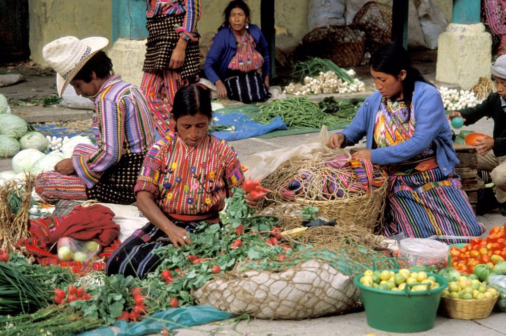 Stock Photo: 3153-780586 guatemala, chichicastenango