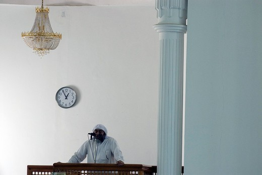 Dubai UAE.the friday pray in the jumeria mosque : Stock Photo