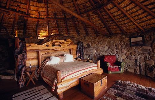 africa, kenya, ol malo lodge, laikipia plateau, bedroom, cottage : Stock Photo