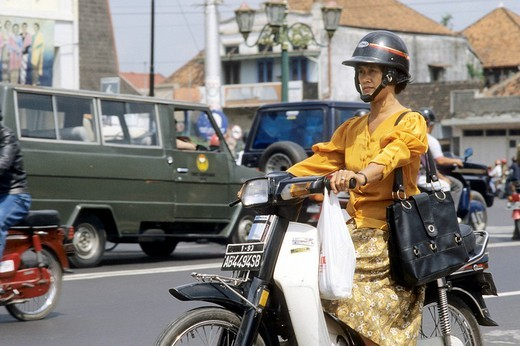 woman, scooter, solo, java, indonesia : Stock Photo
