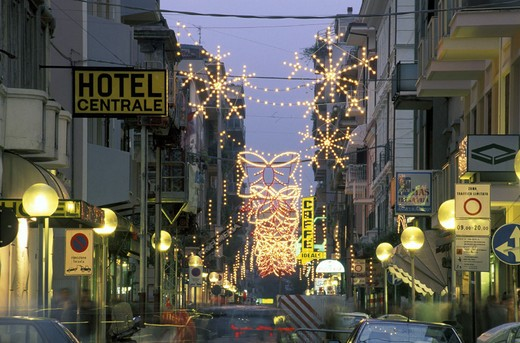 Stock Photo: 3153-801834 christmas lights in centre, pescara, italy