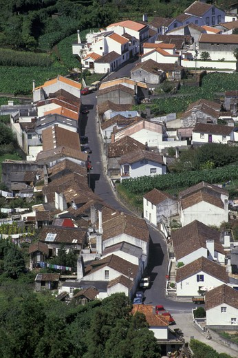 Stock Photo: 3153-813582 furnas: village view, sao miguel, portugal