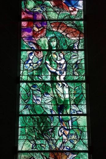 Stock Photo: 3153-815198 finestra con mosaico di marc chagall, chiesa fraumunster, città vecchia, zurigo, svizzera