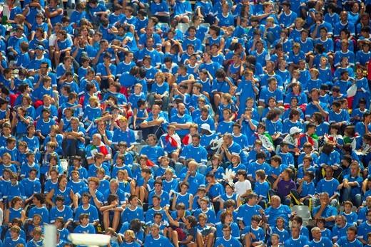 Stock Photo: 3153-817951 nazionale italiana di calcio, qualificazioni uefa euro 2012, tifosi