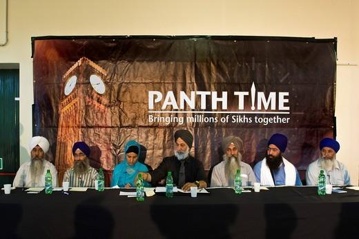 Stock Photo: 3153-822398 panth time, comunità sikh, associazione sikhdharma gurdwara singh sabha, novellara, emilia romagna, italia