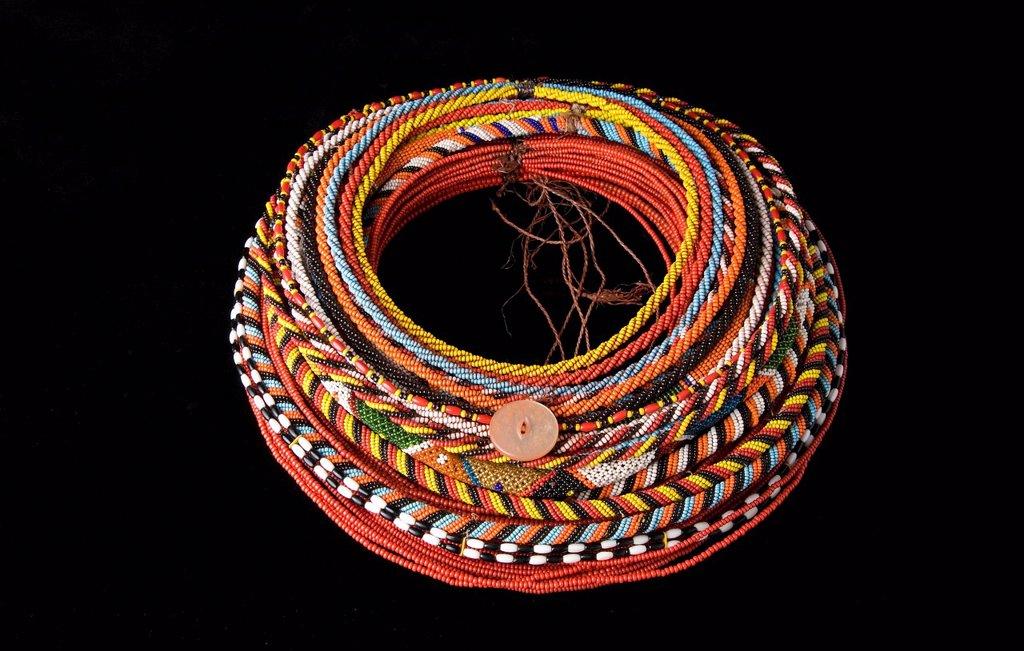 Stock Photo: 3153-823084 collana in vetro, pelle e ferro, etnia rendille e turkana, kenya, africa