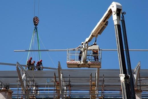 edificio danneggiato, terremoto, 6 aprile 2009, l´aquila, abruzzo, italia, europa. damaged building, earthquake, 06 april 2009, l´aquila, abruzzo, italy, europe : Stock Photo