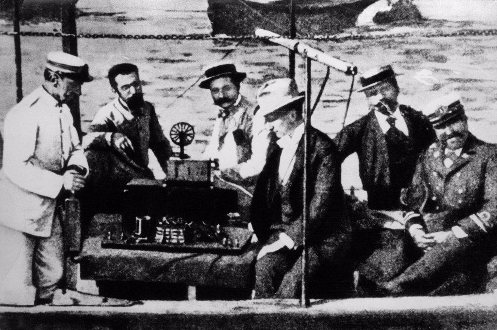 Stock Photo: 3153-835411 Guglielmo Marconi a La Spezia durante esperimenti per conto della Marina militare, 1897. Guglielmo Marconi in La Spezia during experiments on behalf of the Navy, 1897