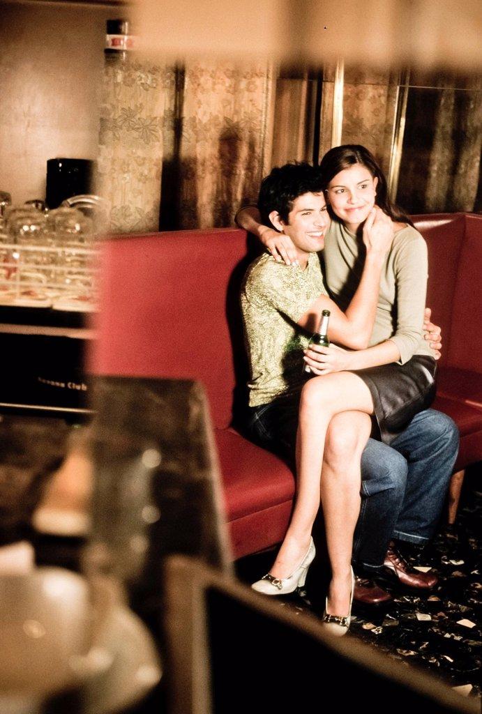 Stock Photo: 3153-836591 coppia al bar. couple at the bar