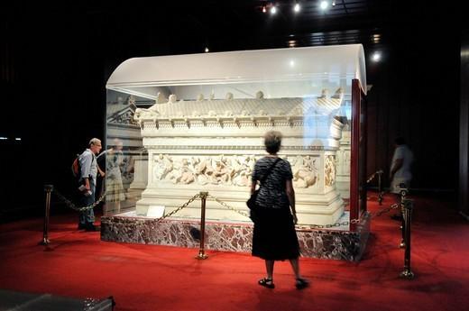 sarcofago di alessandro il grande, topkapi palace, istanbul, turchia. topkapi palace, istanbul, turkey : Stock Photo