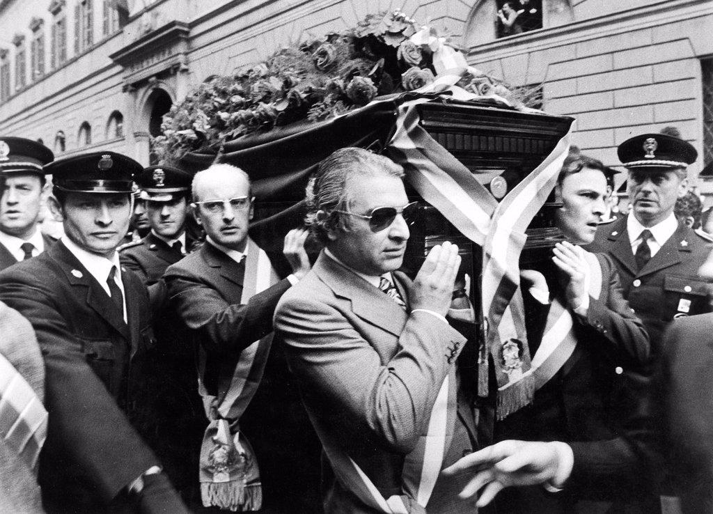 Funerale di Luigi Calabresi, 1972. funeral of Luigi Calabresi, 1972 : Stock Photo