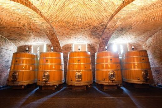 cantine cerreto di san cassiano, alba, langhe, piemonte, italia, europa. wineries cerreto of st cassiano, alba, langhe, piemonte, italy, europe : Stock Photo