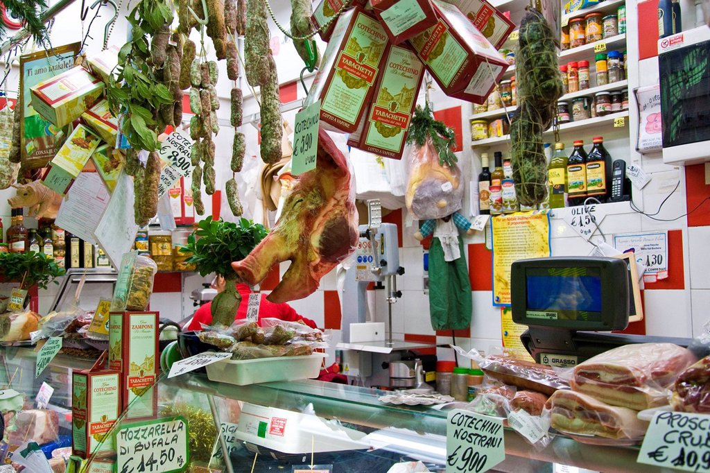 Stock Photo: 3153-841986 Traditional market, Genoa, Liguria, Italy. Traditional market, Genoa, Liguria, Italy