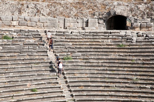 teatro, area archeologica, mileto, costa egea meridionale, turchia, asia. theatre, archeological area, miletus, southern aegean coast, turkey, asia : Stock Photo