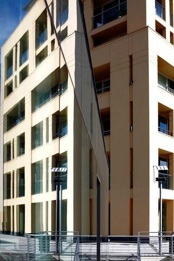 palazzi moderni. modern buildings : Stock Photo