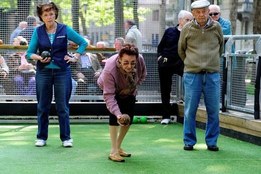 anziani, gioco delle bocce. older people, bowls : Stock Photo