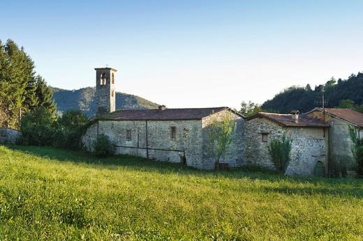 sant´alessandro in canzanica abbey, viadanica, italy : Stock Photo