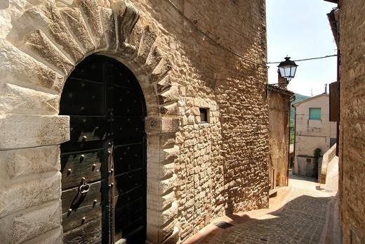 castello di palazzo, arcevia, marche, italia. castello di palazzo, arcevia, marche, italy : Stock Photo
