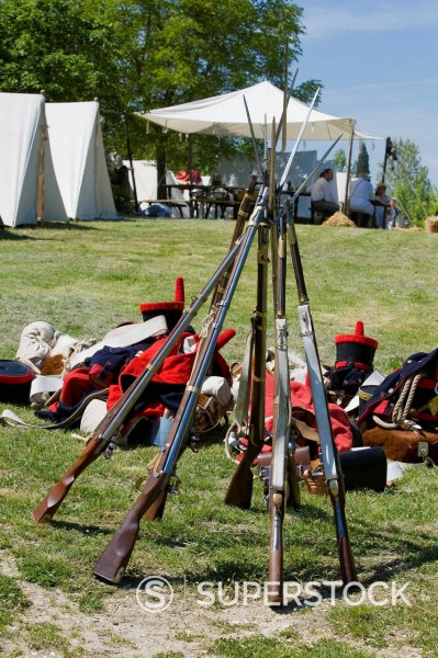 Stock Photo: 3153-850602 rievocazione della battaglia del 1815, castello della rancia, tolentino, marche, italia. reenactment of the Battle of Tolentino 1815, Tolentino, Italy
