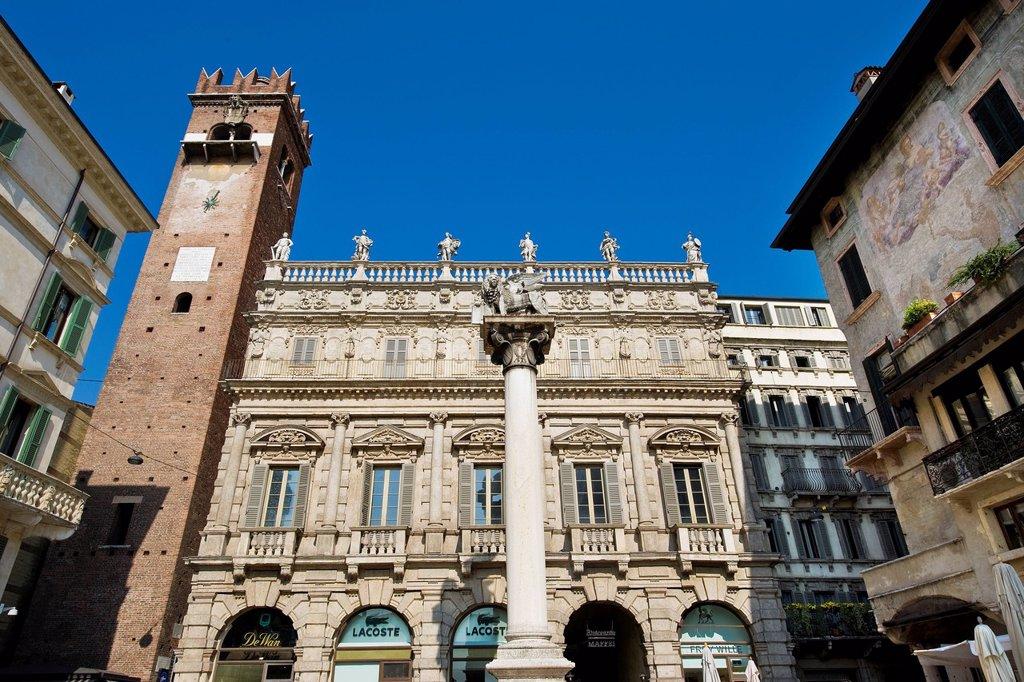 Stock Photo: 3153-851090 Palazzo Maffei, Piazza delle Erbe, Verona, Veneto, Italy. Palazzo Maffei, Piazza delle Erbe, Verona, Veneto, Italy