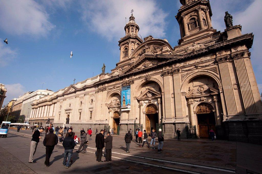 cattedrale metropolitana di san giacomo, plaza de armas, santiago, cile. Metropolitan Cathedral, Plaza de Armas, Santiago, Chile. : Stock Photo