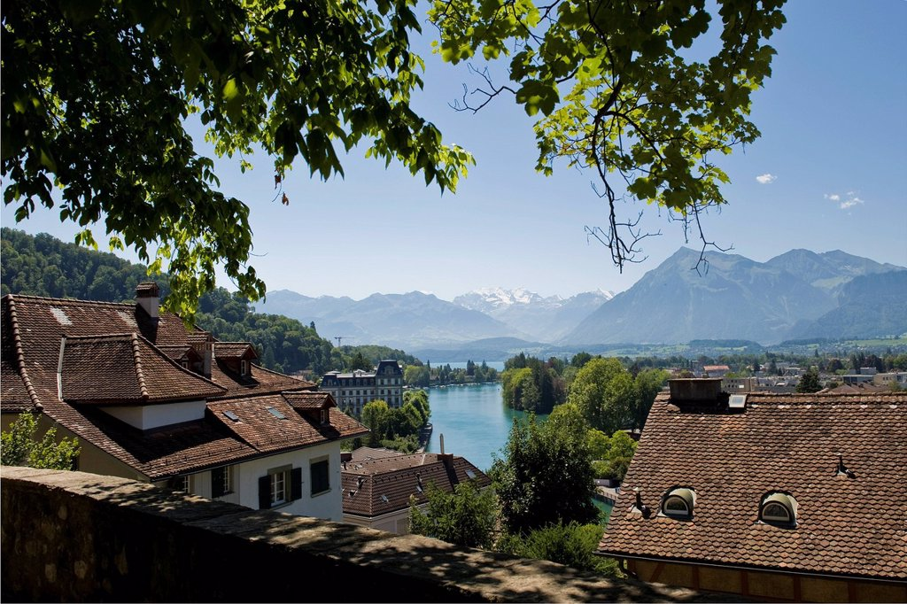 Stock Photo: 3153-855528 svizzera, canton berna, thun. Switzerland, Canton Bern, Thun, view from Burgtor church
