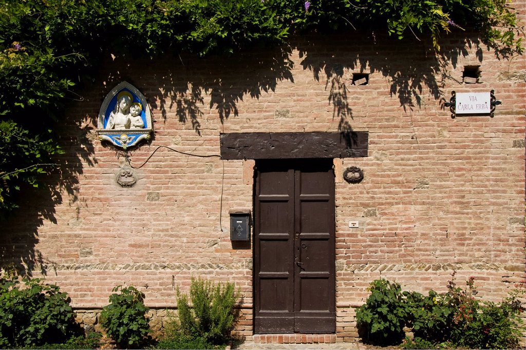 Stock Photo: 3153-855763 Italy, Emilia Romagna, Grazzano Visconti, door