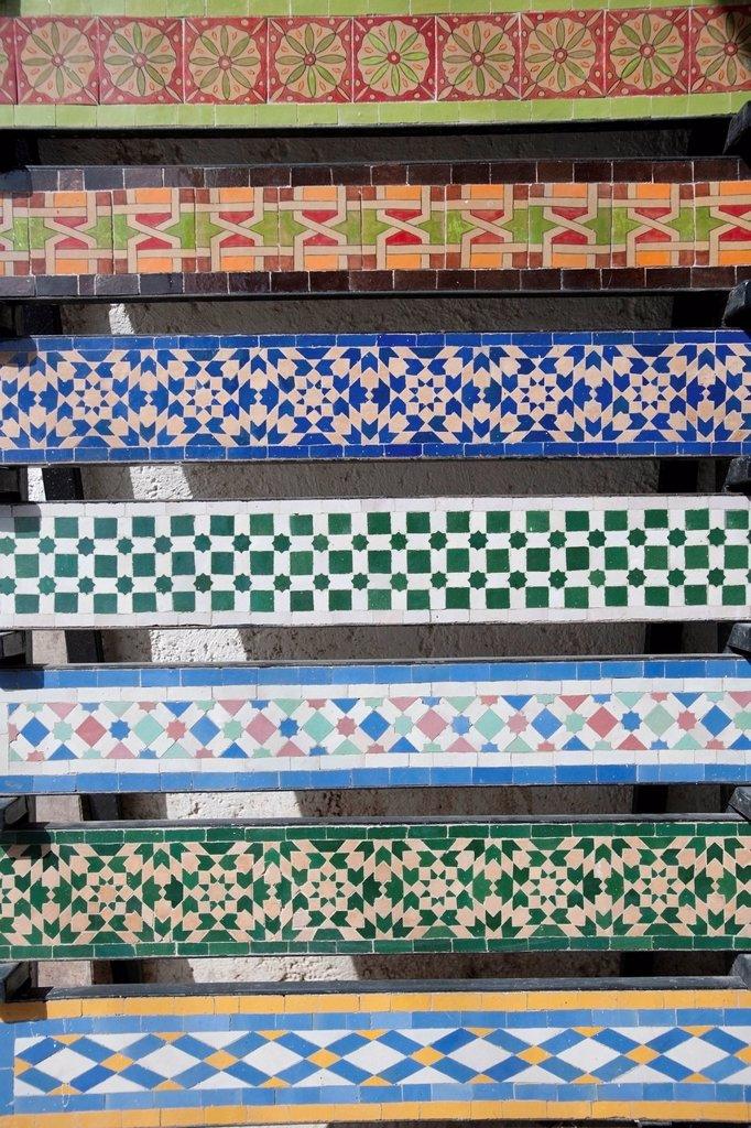 artigianato della ceramica, fes, marocco, magreb, africa. craft of pottery, fes, morocco, africa : Stock Photo