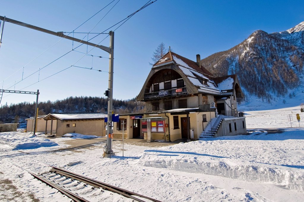 Stock Photo: 3153-860799 bernina express, svizzera. Bernina express, Switzerland