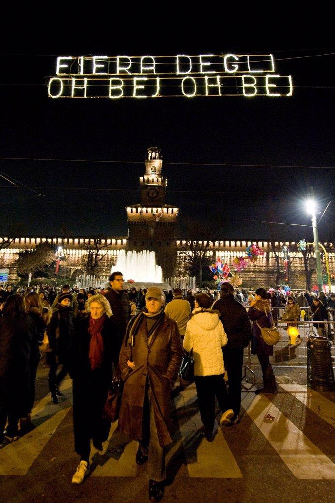 fiera degli oh bej oh bej, milano, italia. Oh Bej Oh Bej Exhibition, Fiera degli Oh Bej Oh Bej, Milan, Italy : Stock Photo