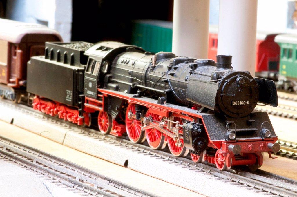 Stock Photo: 3153-863458 modellismo ferroviario. railway modelling