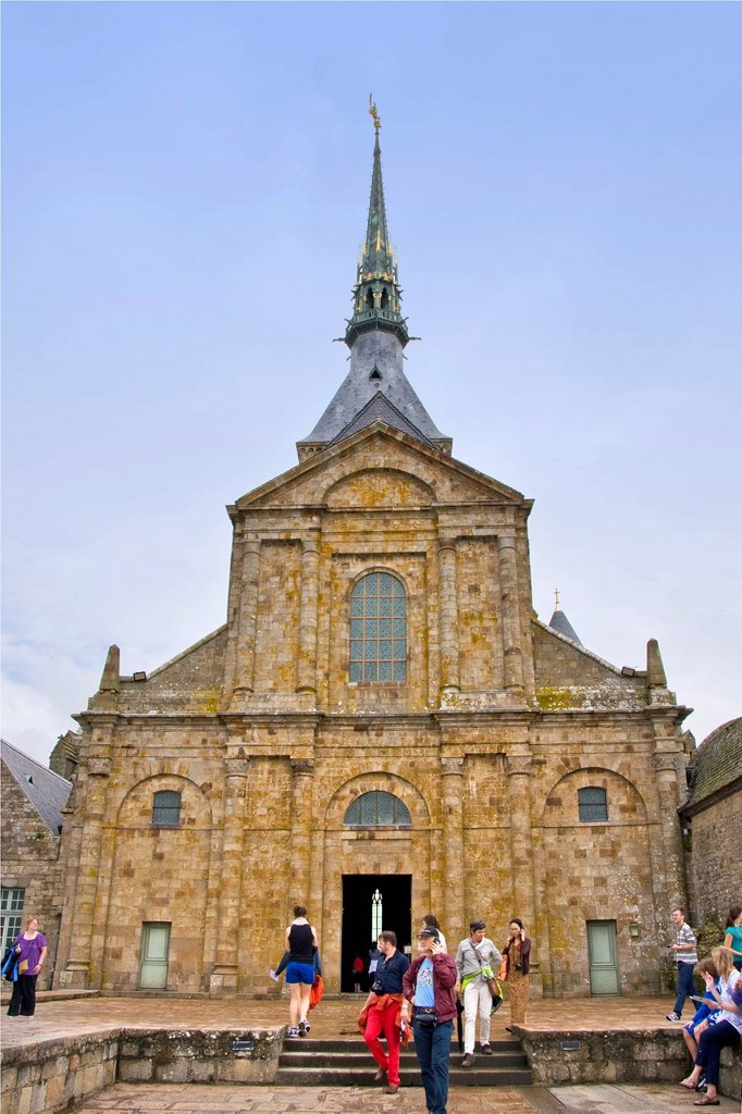 Stock Photo: 3153-864512 abbazia di mont saint michel, mont saint michel, normandia, francia. France, Normandy, Mont Saint Michel, Abbey of Mont Saint Michel
