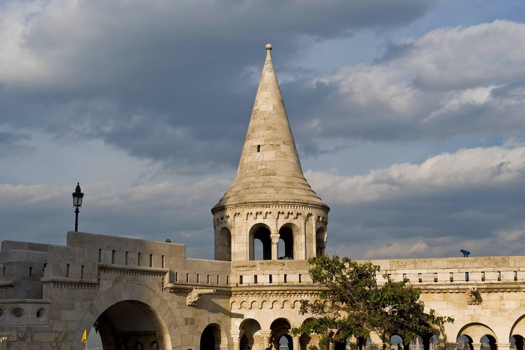 Stock Photo: 3153-867766 ungheria, budapest, fishermen´s bastion. Hungary, Budapest, Fishermen´s bastion