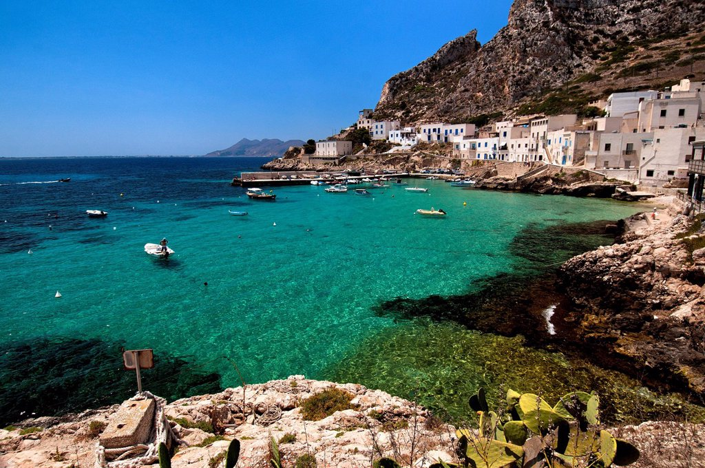 Stock Photo: 3153-870045 levanzo, isole egadi, sicilia, italia. levanzo, aegadian islands, sicily, italy