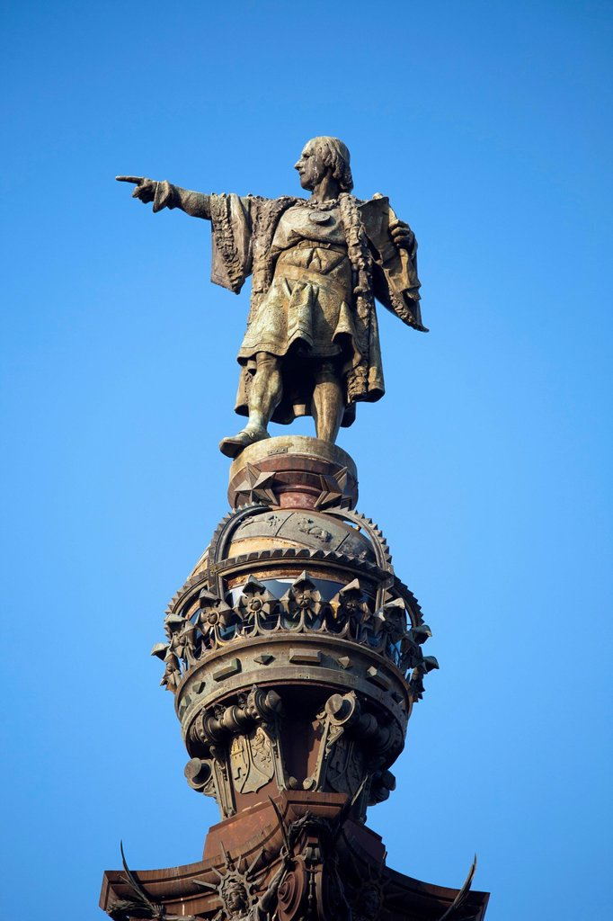 Stock Photo: 3153-871946 monumento a cristoforo colombo, plaza portal de la pau, barcellona, catalogna, spagna. monument to christopher columbus, plaza portal de la pau, barcelona, catalonia, spain