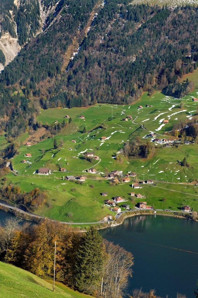 Stock Photo: 3153-872253 lungern, canton obvaldo, svizzera. Switzerland, Canton Obwalden, Lungern, landscape