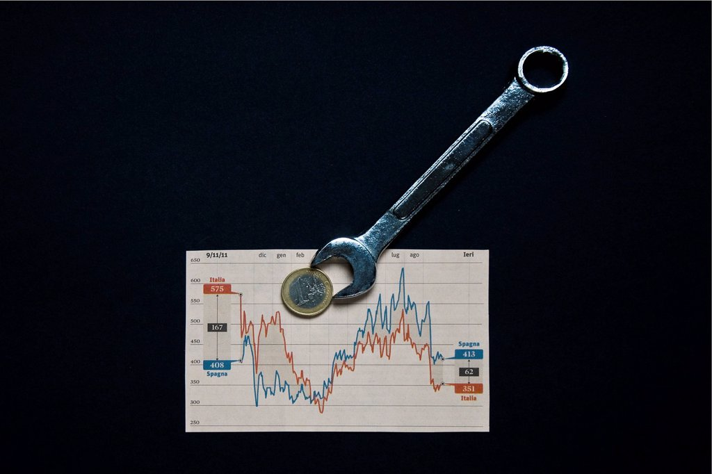 Stock Photo: 3153-872459 chart and wrench