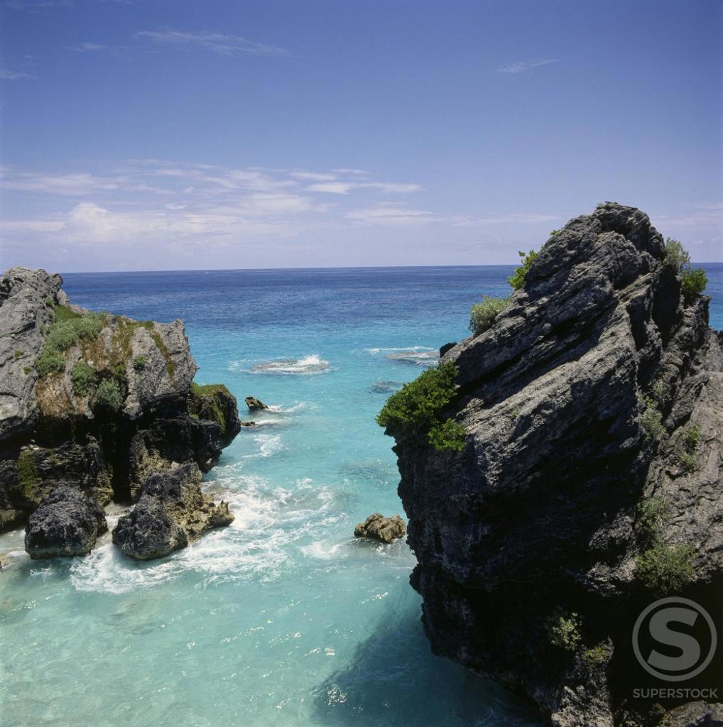 Stock Photo: 3800-153 Horseshoe Bay Beach Bermuda