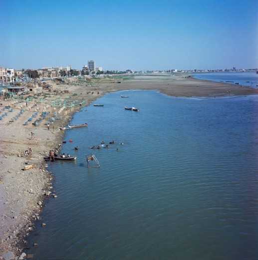 Stock Photo: 3801-400789 Tigris River