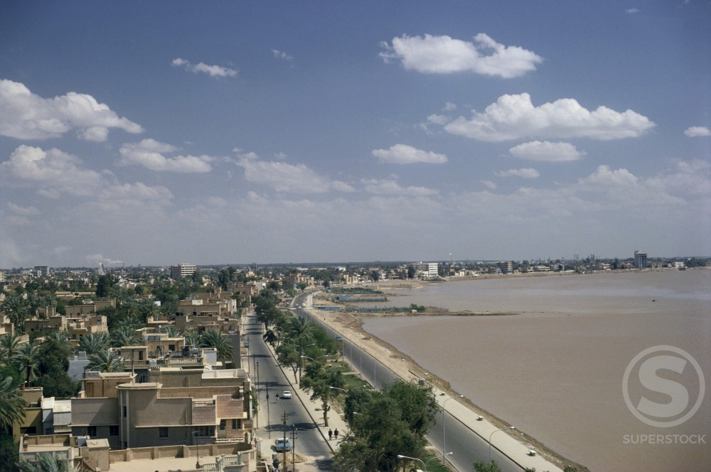 Stock Photo: 3803-438343 Tigris River Baghdad Iraq