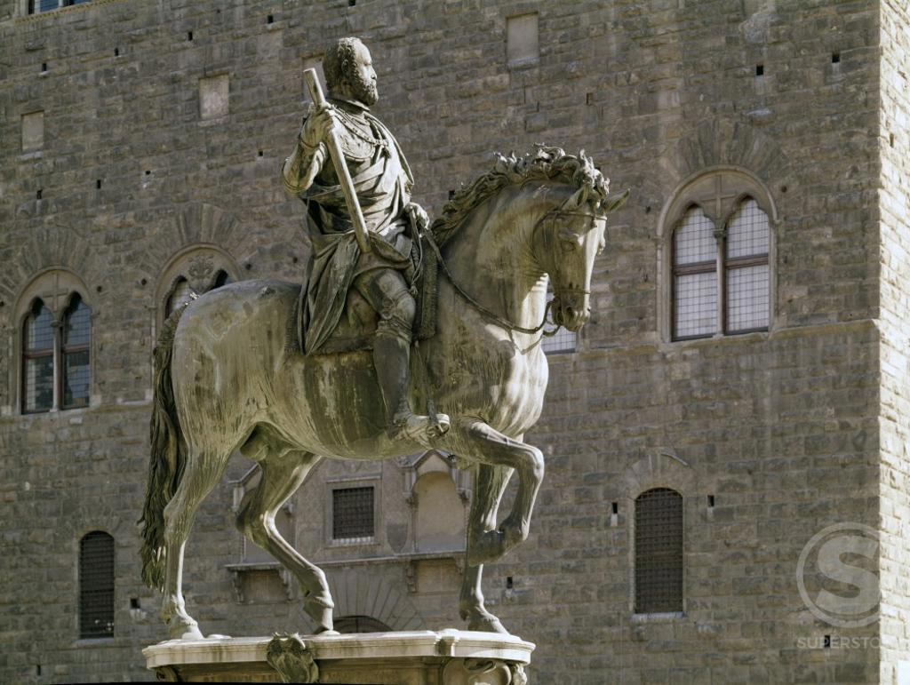 Stock Photo: 3804-414449 Italy, Florence, Piazza Della Signoria, Cosimo de Medici, Sculpture, Bronze