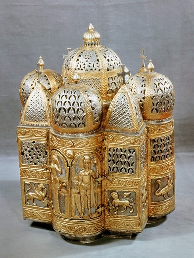 Stock Photo: 3844-469 Portuguese Reliquary