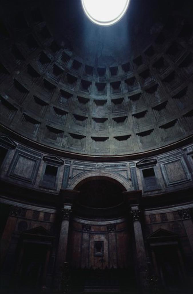 Stock Photo: 4009-491 Sunlight through an oculus, Pantheon Rome, Rome, Italy