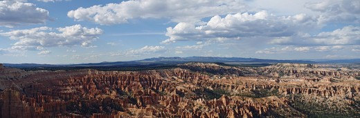 Stock Photo: 4009-754 Clouds over a canyon, Bryce Canyon National Park, Utah, USA