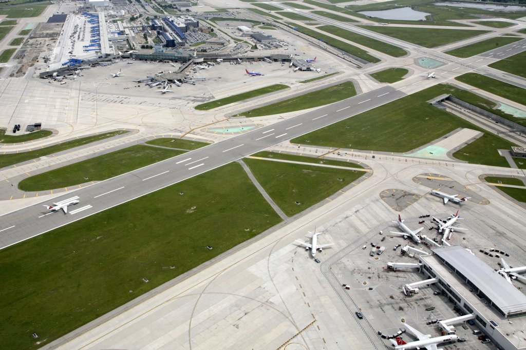 USA,   Michigan,   Detroit,   Detroit Metro Airport : Stock Photo