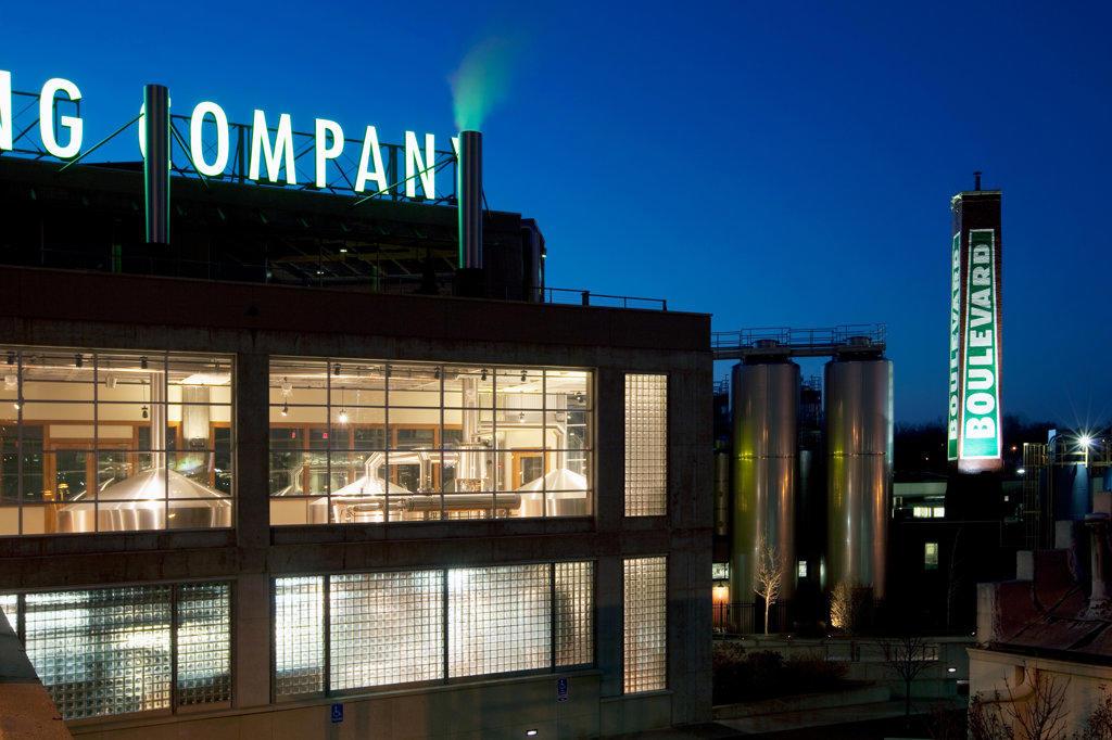 Stock Photo: 4017-2460 Boulevard Brewing Company main brewery in Kansas City, Missouri, USA
